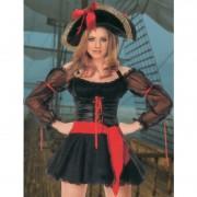 Секси пиратка